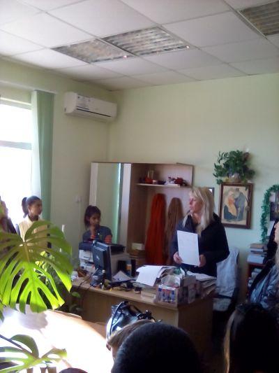 В библиотеката на Кукорево - ОУ Христо Ботев - Кукорево